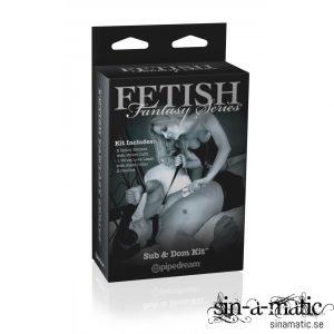 Bondage kit ifrån Fetish Fantasy serien, innehåller koppel, bojor & ljus