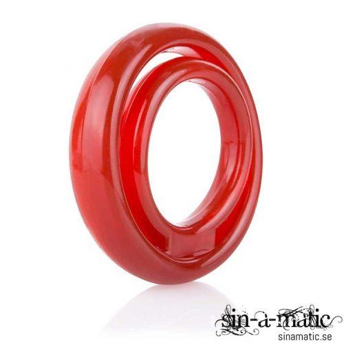 Screaming O Ringo 2 Röd penisring i mjuk silikon med band för pungen